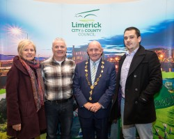 Significant Milestone in the Provision of 3rd Level Education in Ireland as UL and MIC Launch Joint Liberal Arts Programme. Cllr. Marian Hurley, Cllr. John Costelloe, Mayor of the City and County of Limerick, Cllr. Kieran OÕHanlon and Cmhlr SŽighin î Ceallaigh at the launch in the council chamber of the Limerick City and County Council, Dooradoyle. Monday 5th December marked a significant milestone in the provision of third level education in Limerick, and indeed Ireland, as Mayor of the City and County of Limerick, Cllr. Kieran OÕHanlon, officially launched a Liberal Arts programme, to be jointly offered by the University of Limerick (UL) and Mary Immaculate College (MIC). UL and MIC have been offering successful BA programmes for decades, but this ambitious, far-reaching project will offer students a wider range of choices making it the largest jointly delivered programme in Ireland. From September 2017 up to 700 students will enrol in an enhanced liberal arts programme, with an offering of nineteen different subjects, allowing students a combination of more than 150 pathways. Pic Sean Curtin True Media.