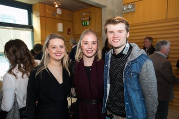 REPRO FREE 07/12/17 Limerick Voice newspaper is tenth edition from journalism students at University of Limerick. Pictured at the launch at the University of Limerick was Anna Cullen, Limerick Voice 2017, Rebecca Laffin, University of Limerick and Sean Lynch, Limerick Voice 2016. The 40-page local newspaper, produced by masters and fourth year undergraduate journalism students at the University of Limerick. The paper will be distributed across Limerick city and county with this weekend's edition of the Limerick Leader newspaper.  The online news website www.limerickvoice.com has been live since September, covering daily breaking news and sports stories. Limerick Voice has also been active across all social media platforms including Facebook, Twitter and Instagram. Photo: Oisin McHugh True Media
